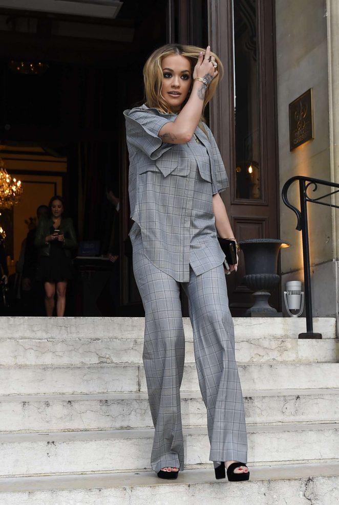 Rita Ora Leaves her hotel in Paris -01