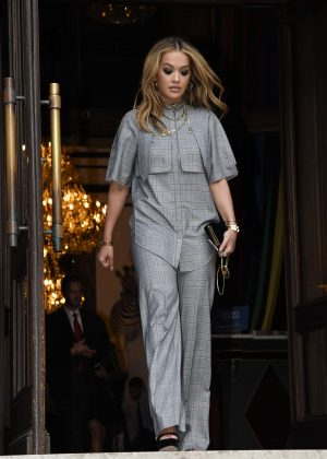 Rita Ora Leaves her hotel in Paris