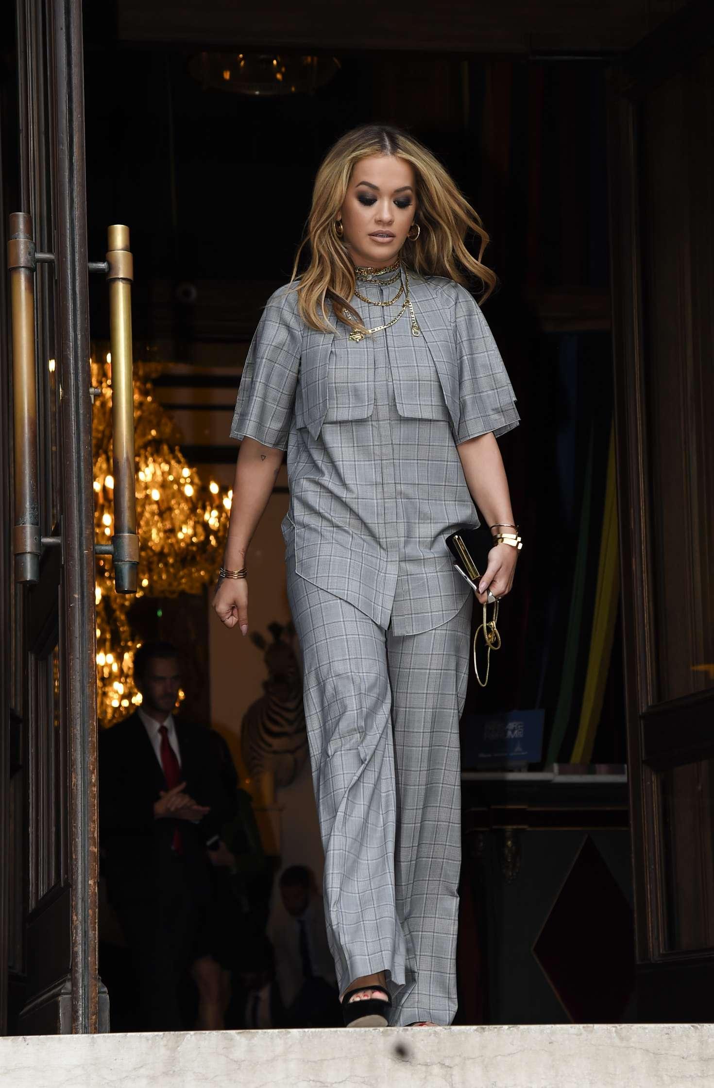 Rita Ora Leaves her hotel in Paris