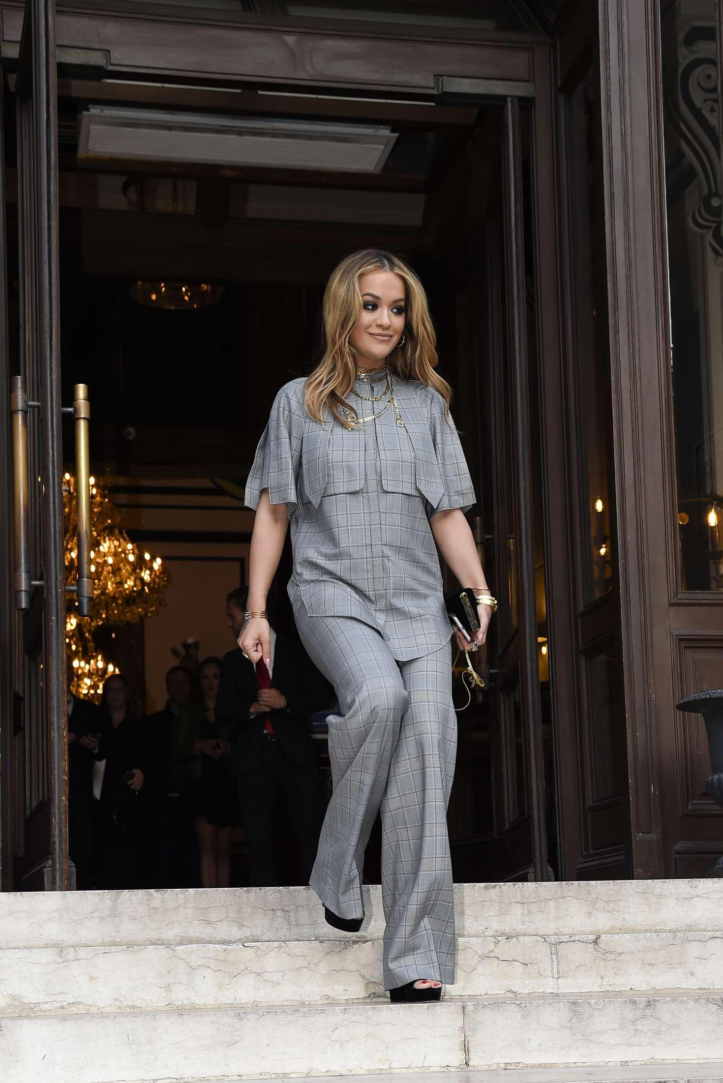 Rita Ora 2017 : Rita Ora Leaves her hotel in Paris -08