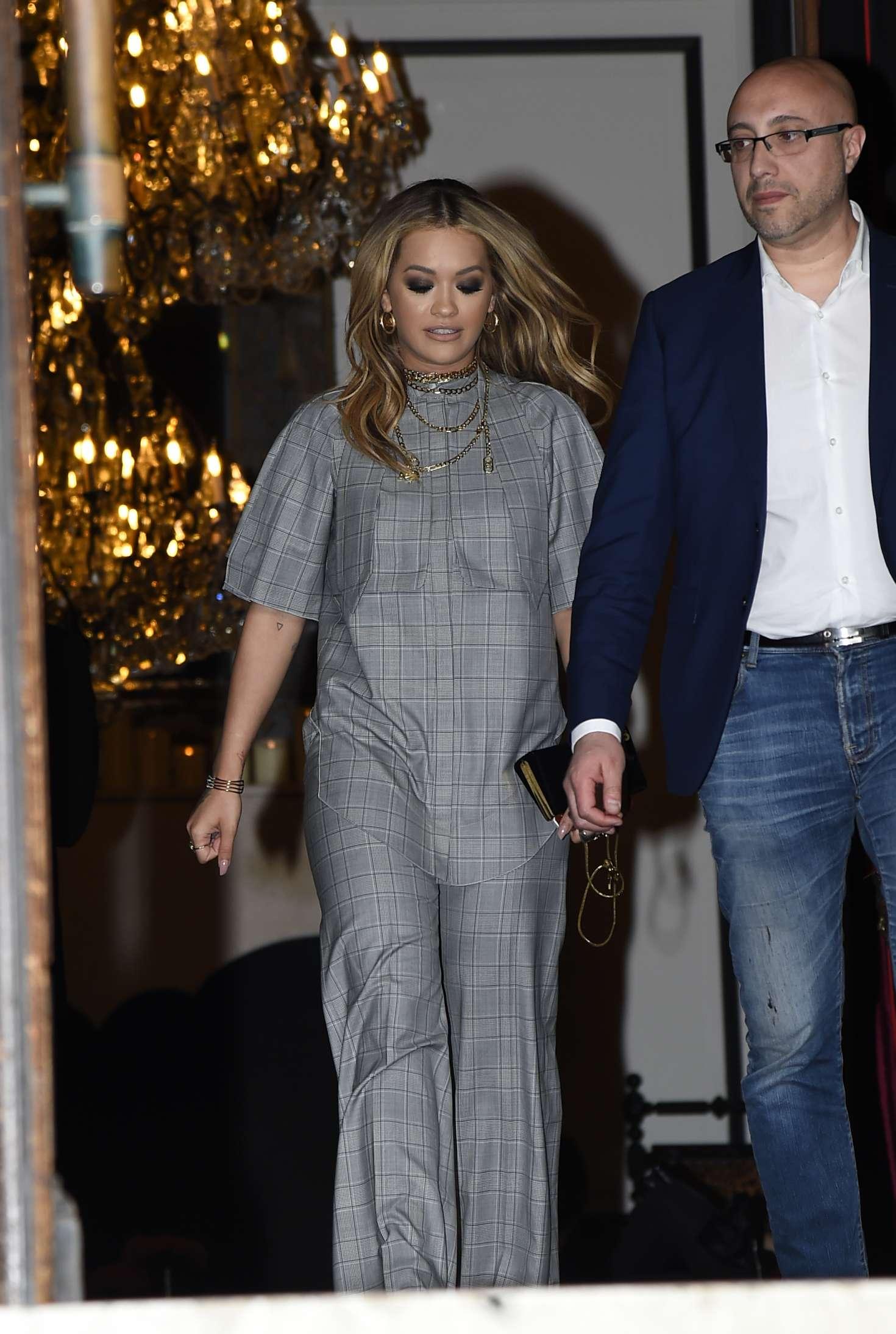 Rita Ora 2017 : Rita Ora Leaves her hotel in Paris -09