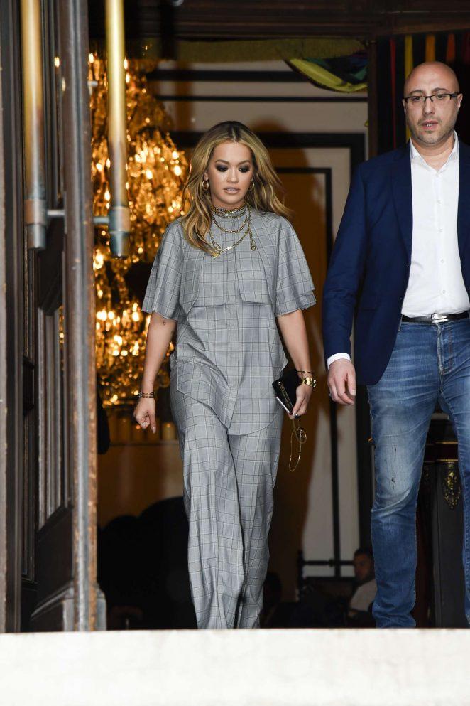 Rita Ora Leaves her hotel in Paris -11