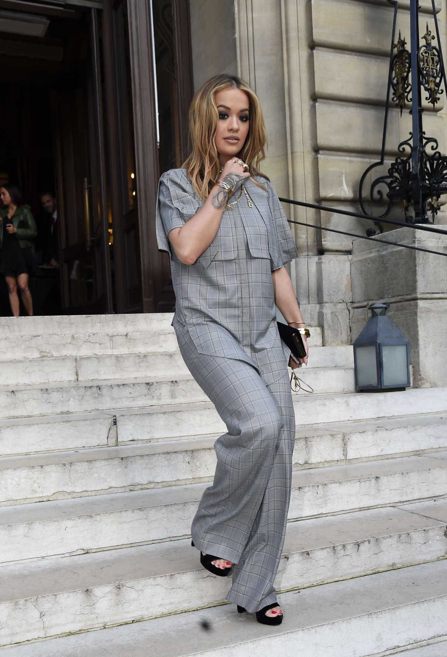 Rita Ora Leaves her hotel in Paris -12