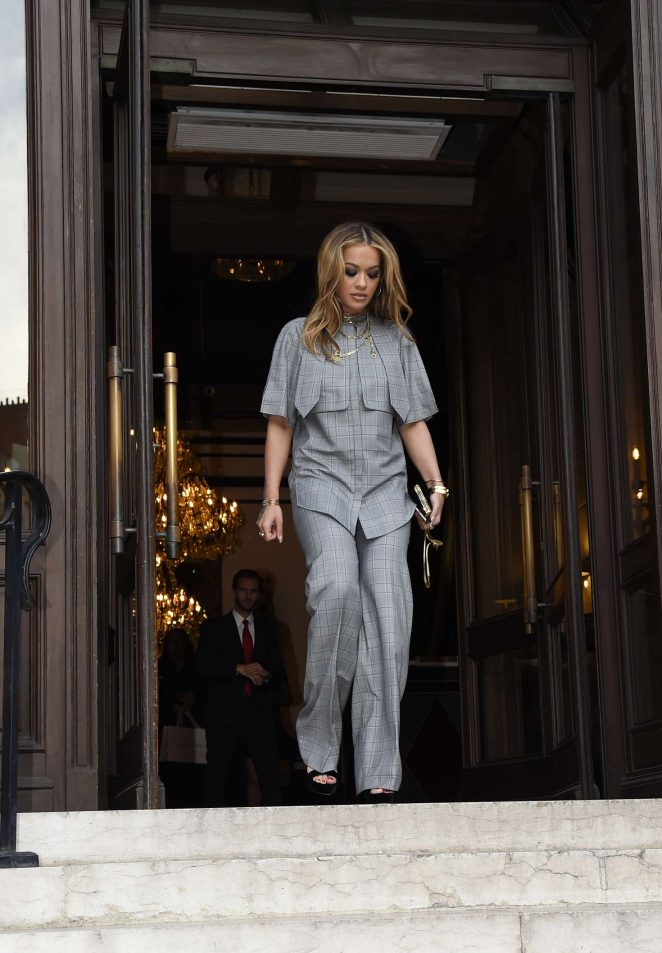 Rita Ora Leaves her hotel in Paris -13