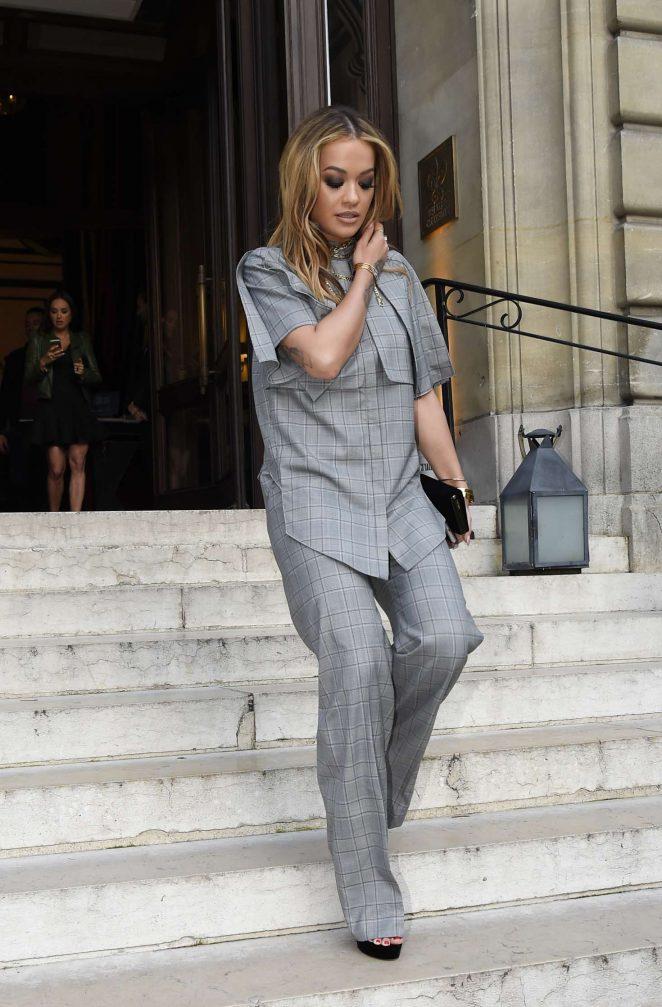 Rita Ora 2017 : Rita Ora Leaves her hotel in Paris -14