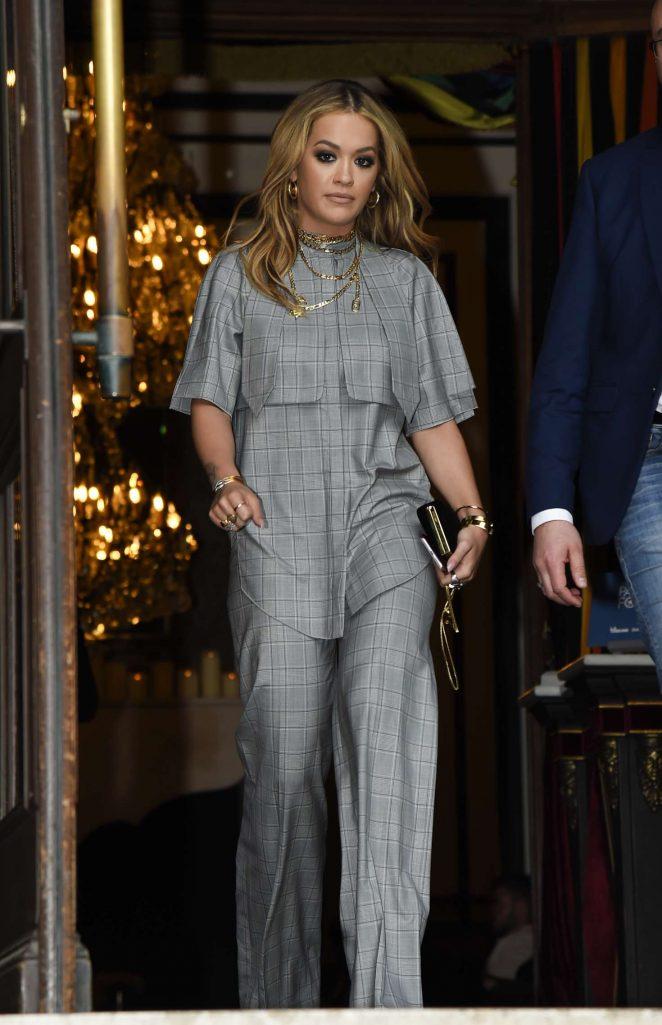 Rita Ora Leaves her hotel in Paris -23