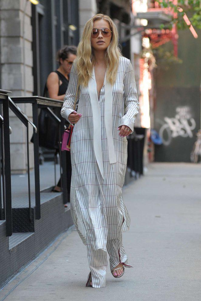 High Quality Rita Ora Leaves Her TriBeCa Apartment  08