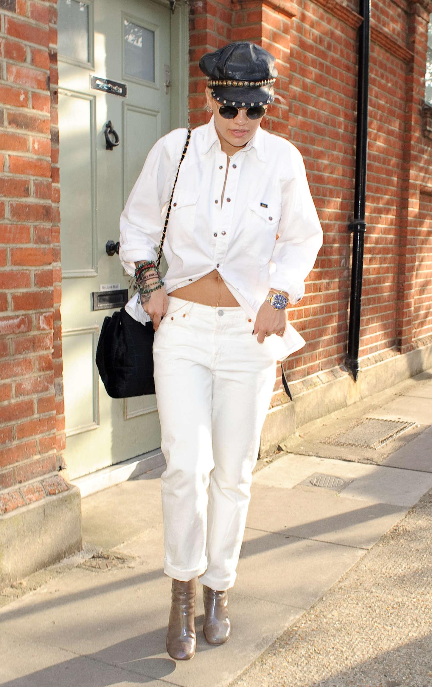 Rita Ora 2015 : Rita Ora: Leaving a Recording Studio -08