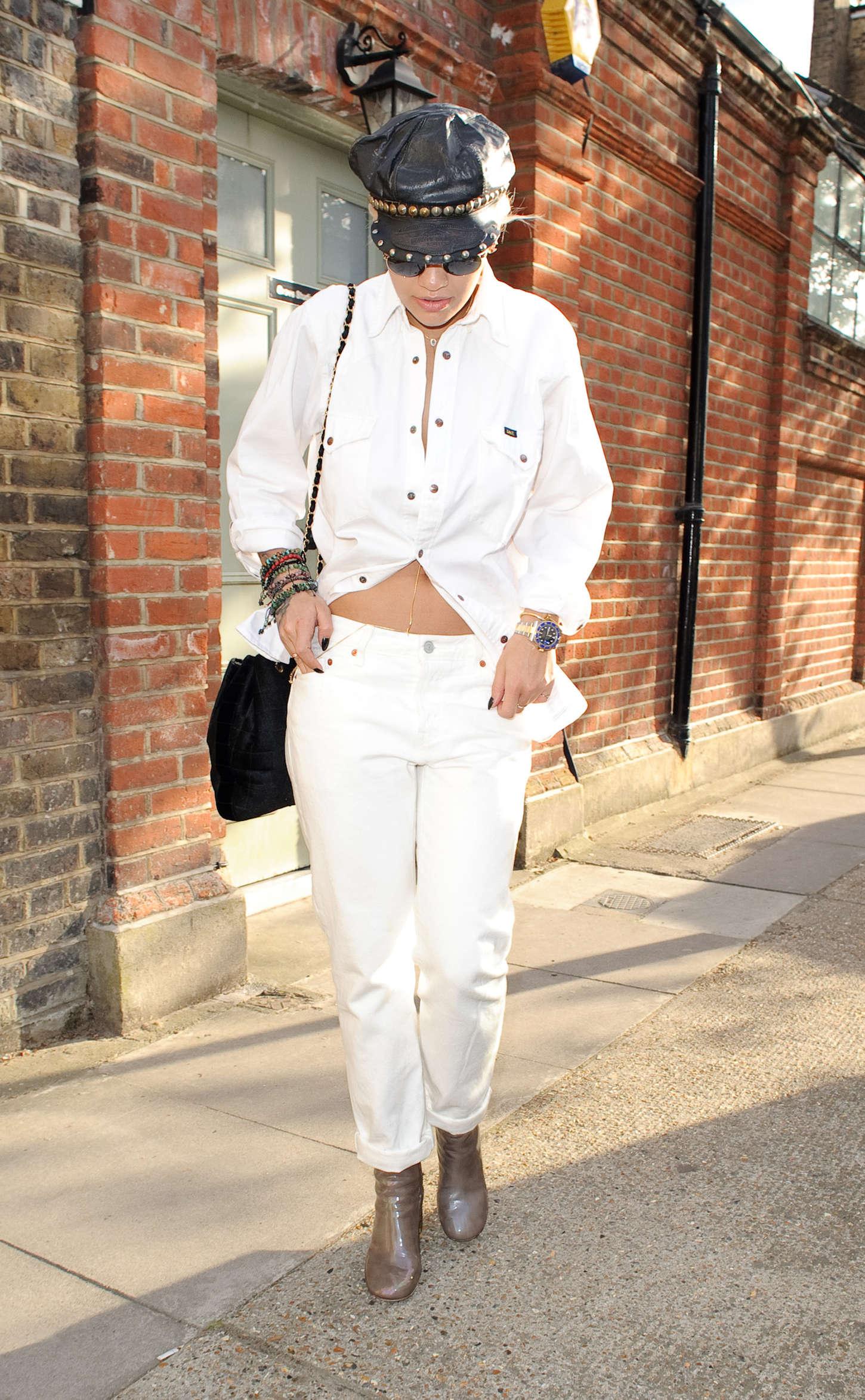 Rita Ora 2015 : Rita Ora: Leaving a Recording Studio -09