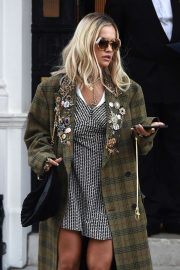 Rita Ora - Leaving her management office in London