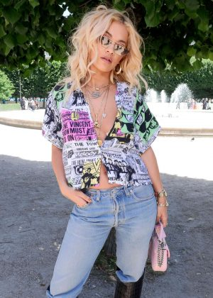 Rita Ora - Louis Vuitton Show SS 2019 at Paris Fashion Week