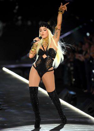 453650743d Rita Ora – Performs at 2018 Victoria s Secret Fashion Show in NYC ...