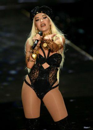 Rita Ora - Performs at 2018 Victoria's Secret Fashion Show in NYC