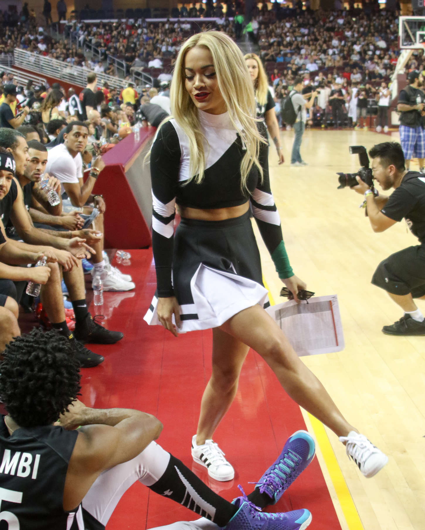 Chris Brown Brings Royalty to Celebrity Basketball Game