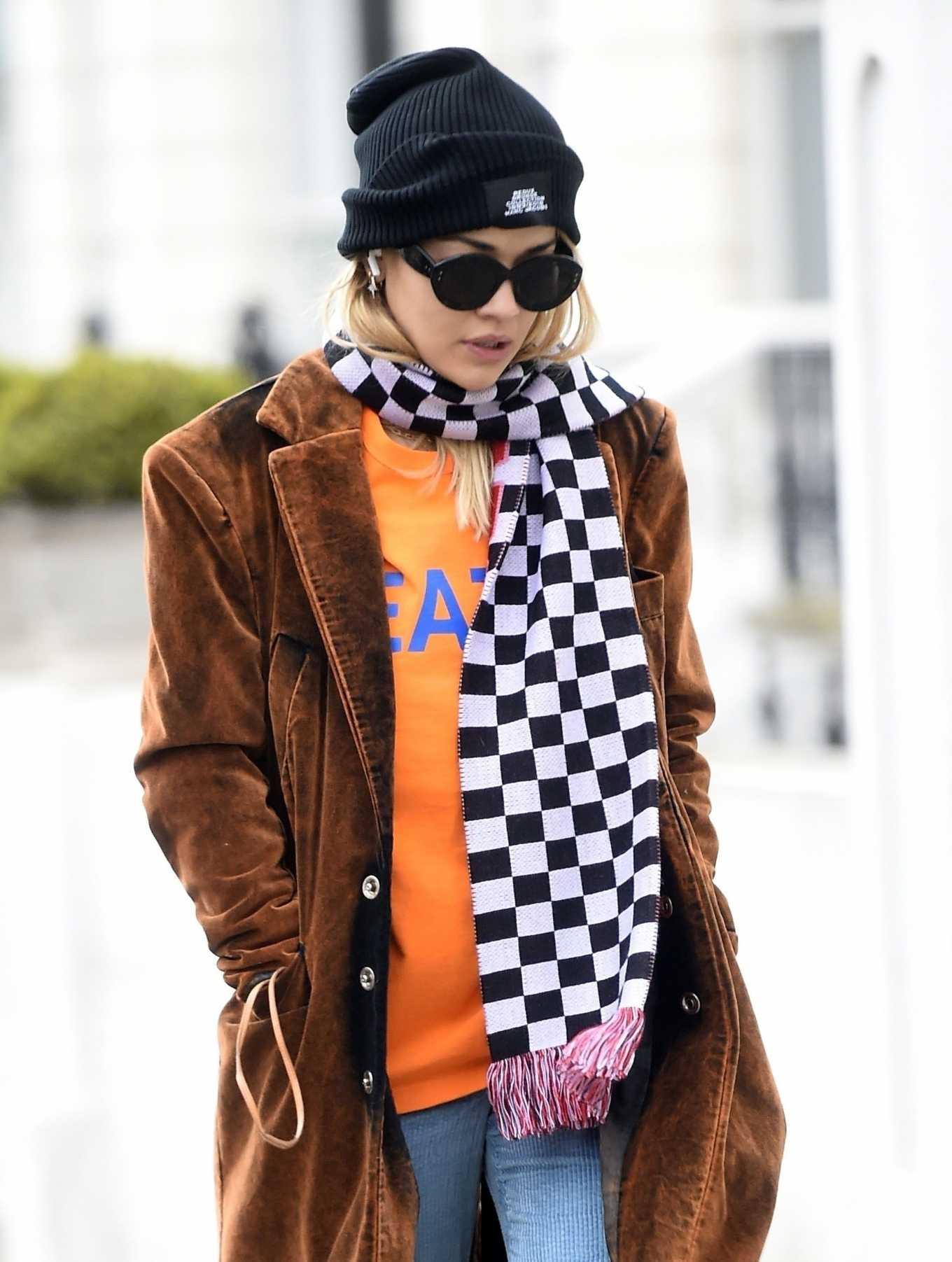 Rita Ora - Shopping in London