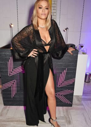 Rita Ora - Tezenis Oxford Circus in London