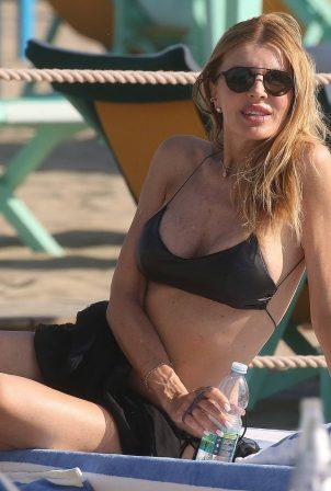 Rita Rusic - Bikini candids in Forte dei Marmi