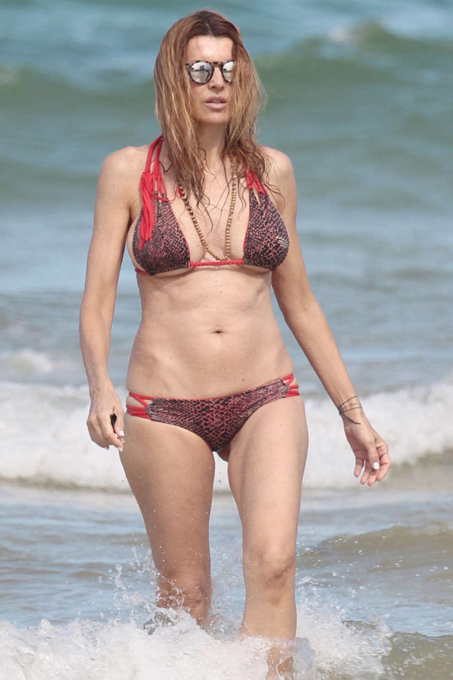 Rita Rusic 2015 : Rita Rusic in Bikini -06