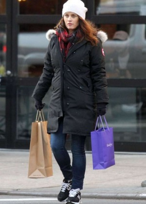 Robin Tunney out in NYC