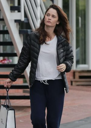 Robin Tunney - Shopping at Fred Segal in West Hollywood