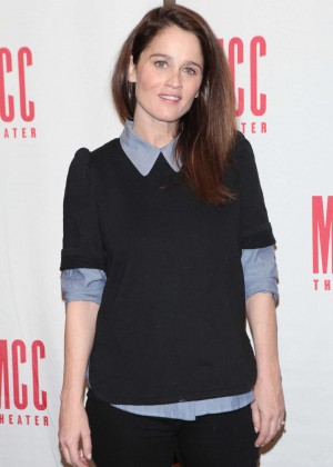 Robin Tunney - 'SMOKEFALL' Meet The Press Event in New York
