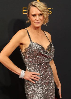 Robin Wright - 2016 Emmy Awards in Los Angeles