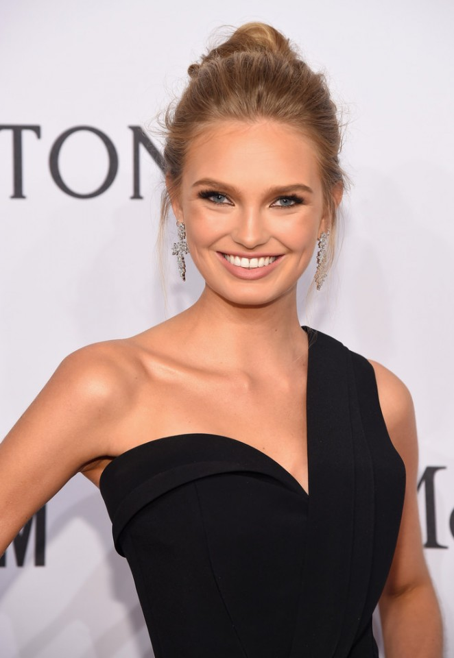 Romee Strijd - 2016 amfAR New York Gala in NYC