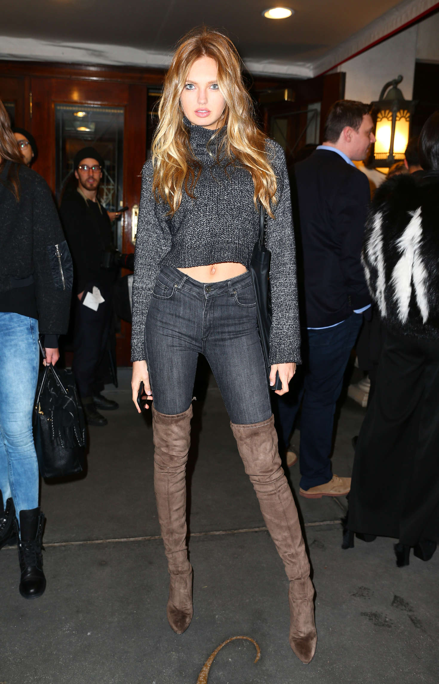 Romee Strijd 2016 : Romee Strijd and Taylor Hill out in NYC -01