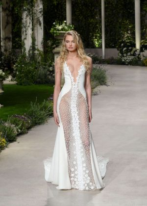 a5d74c1b842 Romee Strijd – Atelier Pronovias 2019 Collection Rehearsal in ...