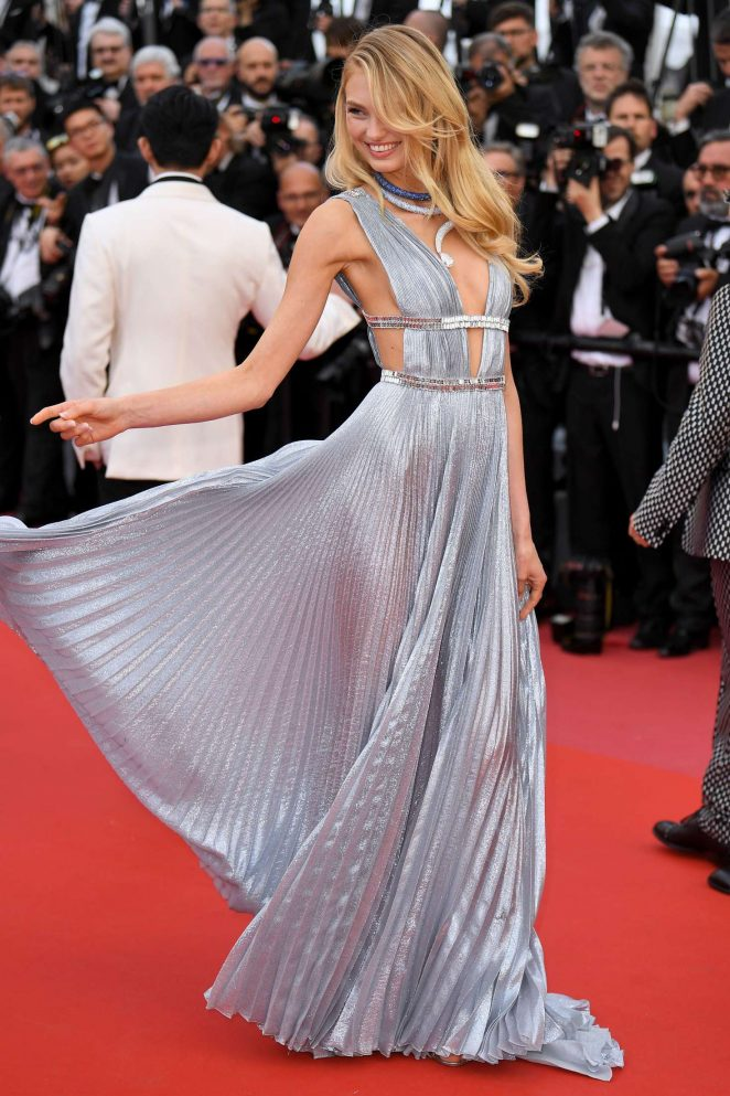Romee Strijd - 'Everybody Knows' Premiere and Opening Ceremony at 2018 Cannes Film Festival