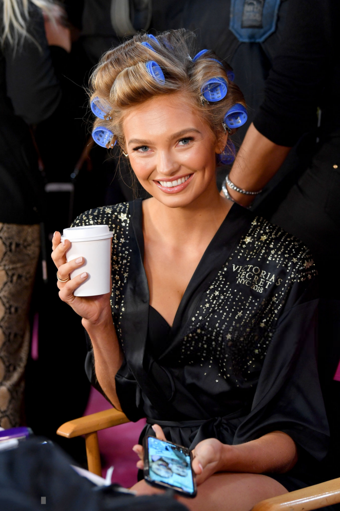 Romee Strijd - Victoria's Secret Fashion Show 2018 Backstage in NY