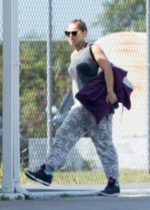 Ronda Rousey - Arrives to an airport in the Bahamas