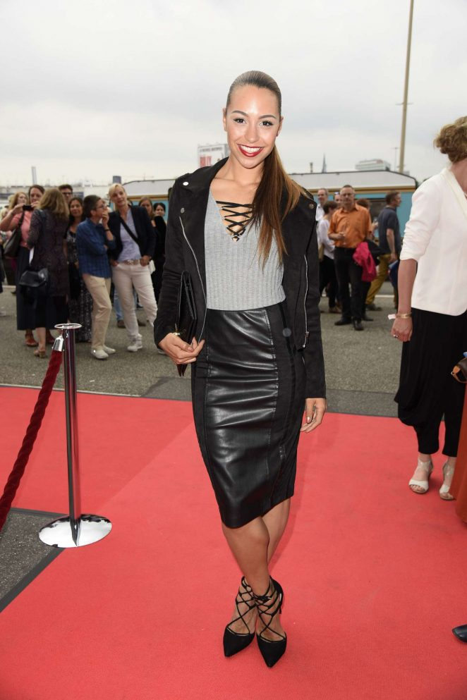 Ronja Hilbig - 'Billy Elliot the Musical' Premiere in Hamburg