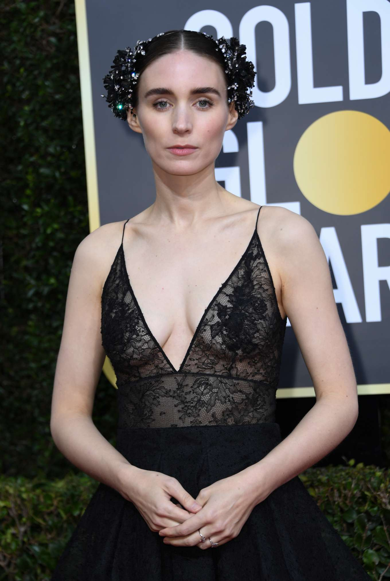 The Best Golden Globes Beauty Looks of All Time  |Rooney Mara
