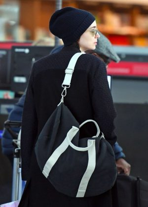 Rooney Mara - Arrives at Heathrow Airport in London