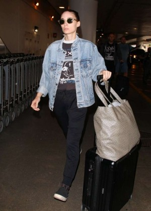 Rooney Mara - Arriving at LAX Airport in LA