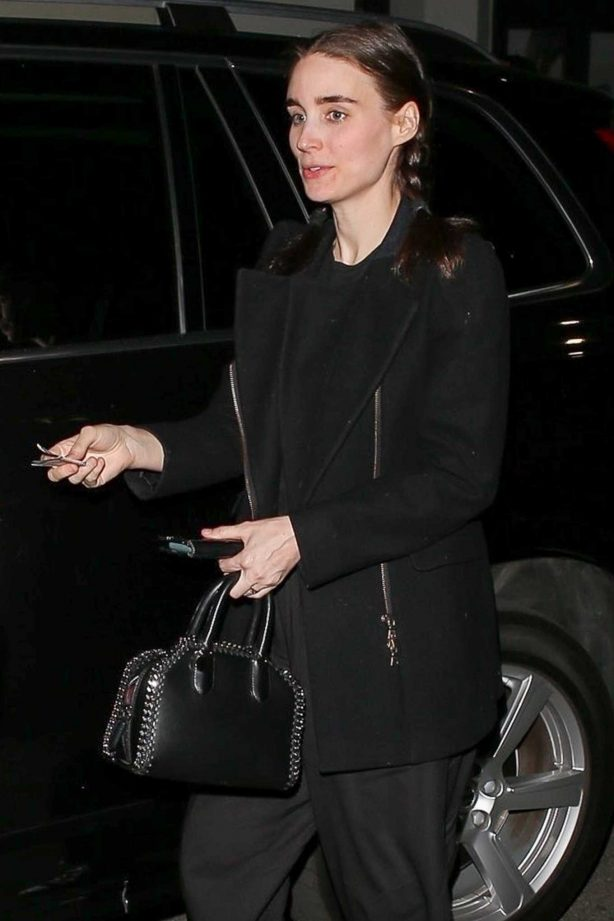 Rooney Mara at Madeo Restaurant in Beverly Hills