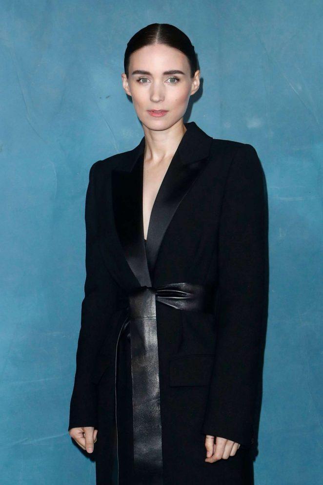 Rooney Mara – Givenchy Fashion Show in Paris