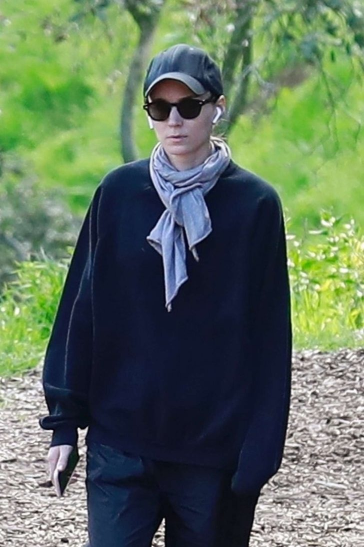Rooney Mara - Goes for a hike at Tree People Park in Beverly Hills