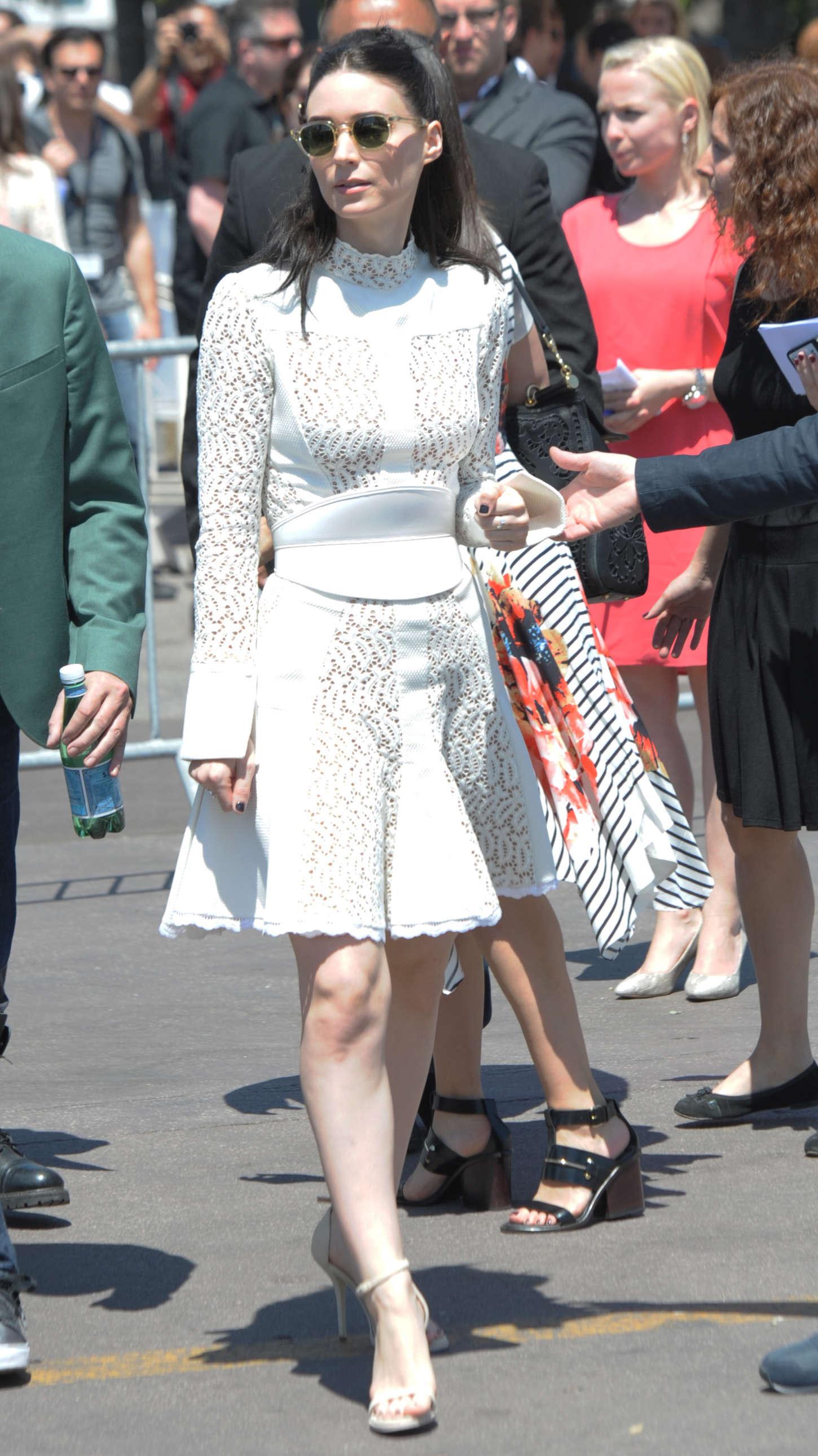 Rooney Mara 2015 : Rooney Mara in White Dress -02