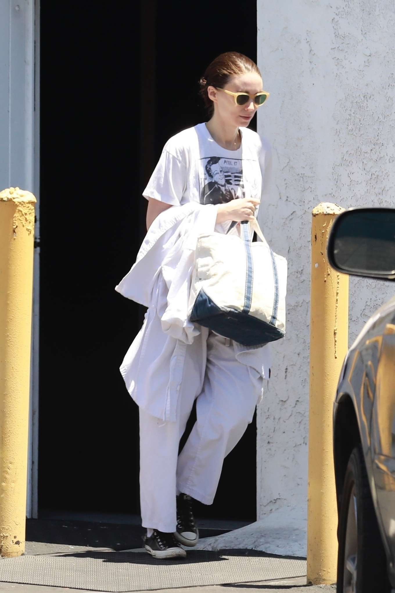 Rooney Mara 2019 : Rooney Mara – Out and about in Los Angeles-02