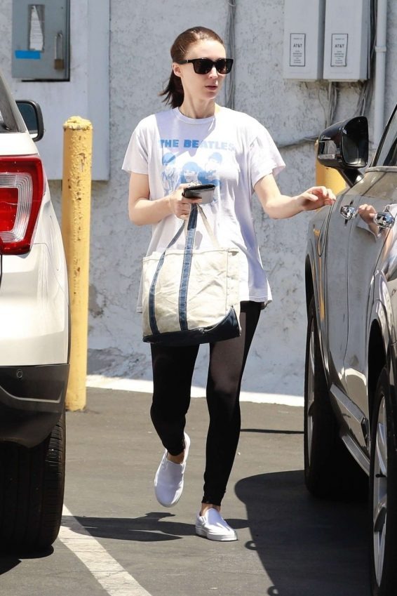 Rooney Mara - Out in LA