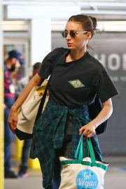 Rooney Mara - Out in Los Angeles
