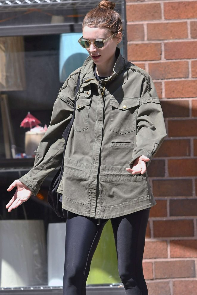 Rooney Mara out in SoHo