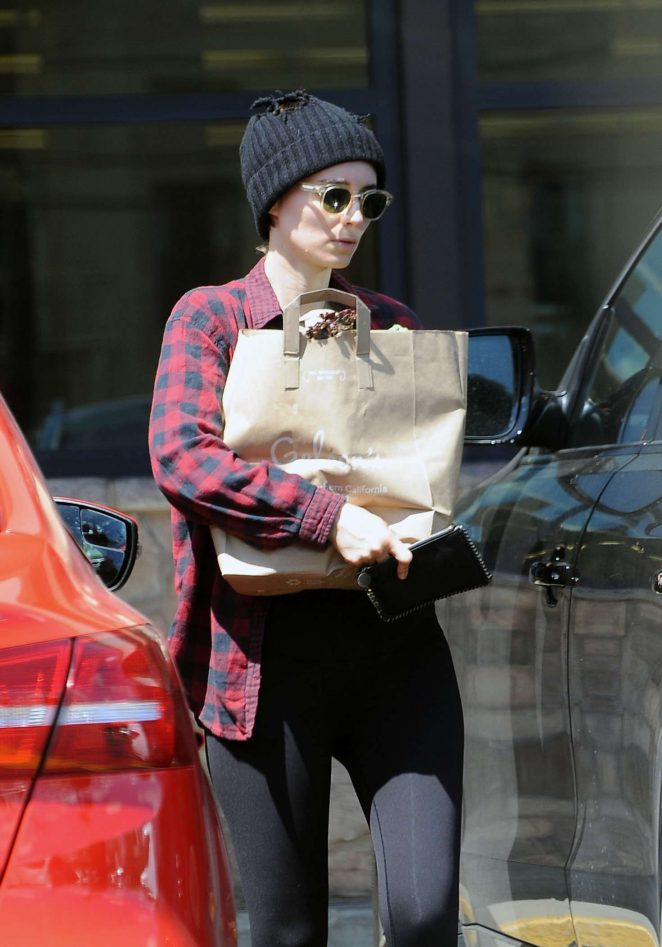 Rooney Mara out shopping in Los Feliz