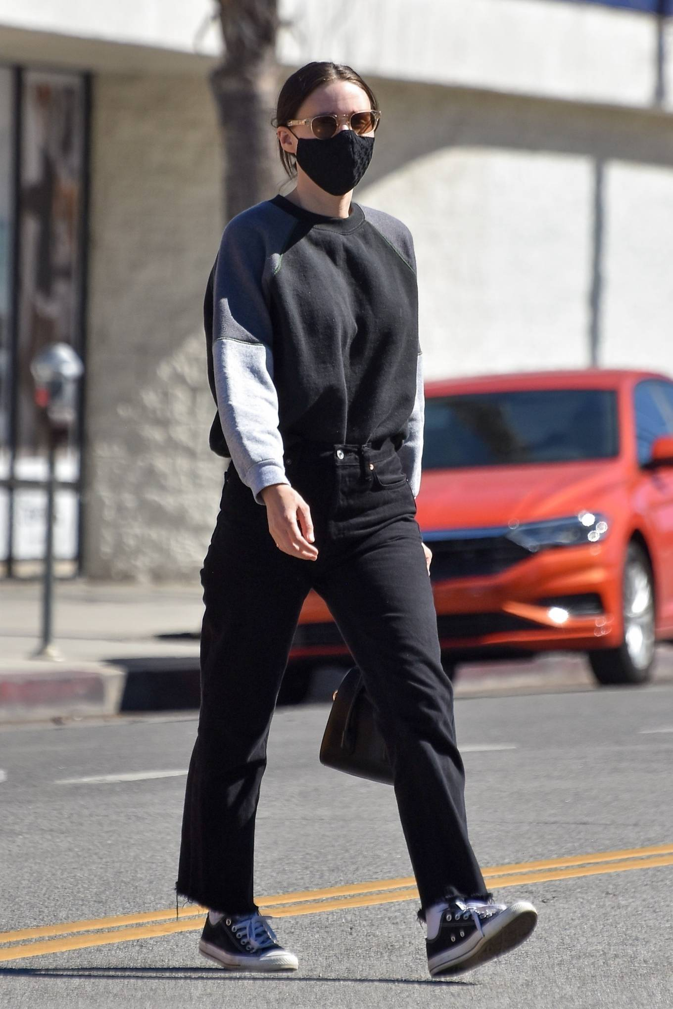 Rooney Mara - Running some errands in Studio City
