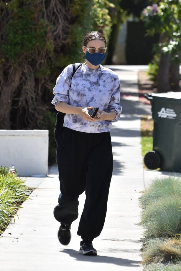 Rooney Mara - Seen at a spa in Hollywood