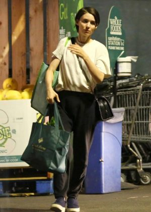 Rooney Mara - Shopping at Whole Foods in Los Angeles