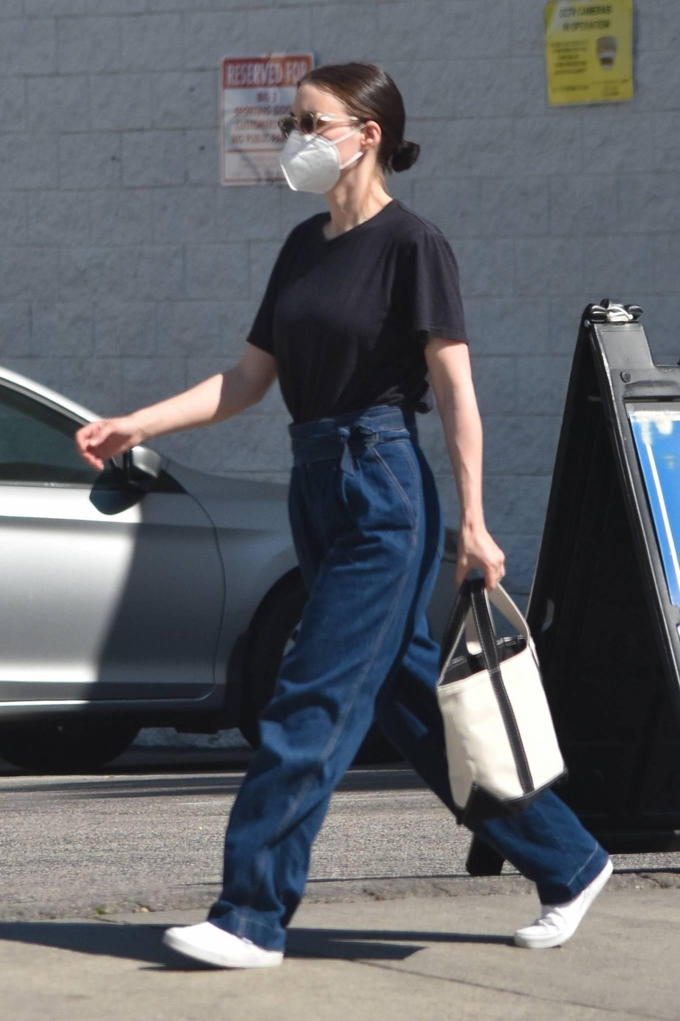 Rooney Mara - Shopping candids in Studio City