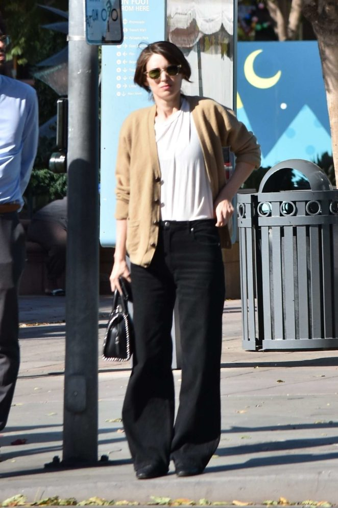 Rooney Mara - Shopping in Los Angeles